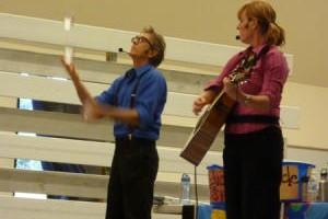 Performers talk trash, raise environmental awareness: Milpitas Post 11-28-12